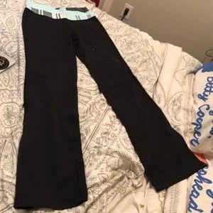 Lululemon Size 6 Regular Yoga Pants